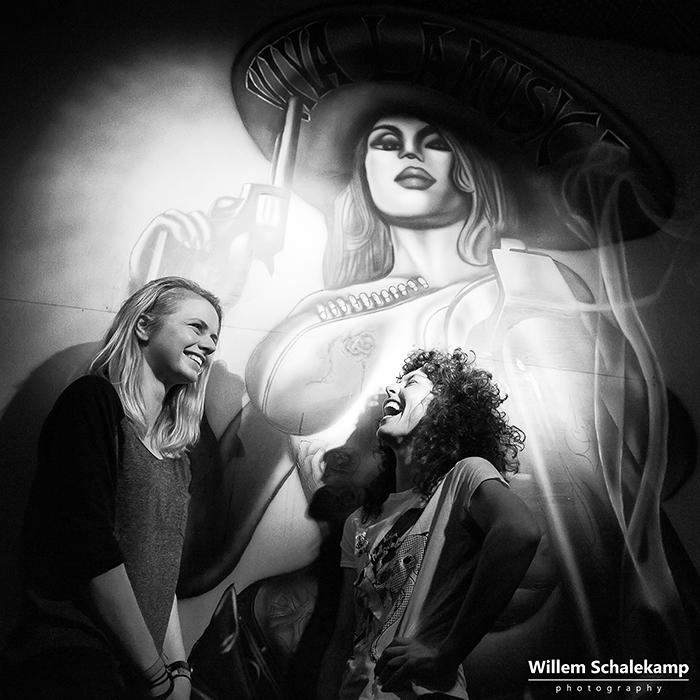 Eva van Netten (Blackbox Red) and Ursula Strong (Nina Coyote eta Chico Tornado)