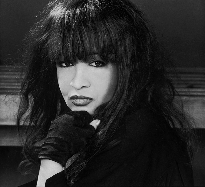 Ronnie Spector 01